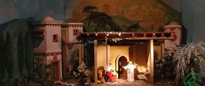 Jahreskrippe: Die Verheißung der Geburt Jesu
