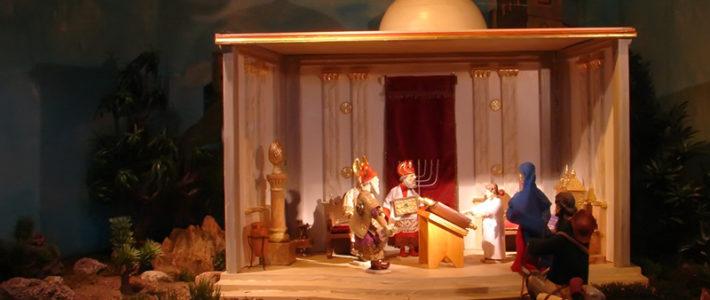 Jahreskrippe: Der Knabe Jesus im Tempel