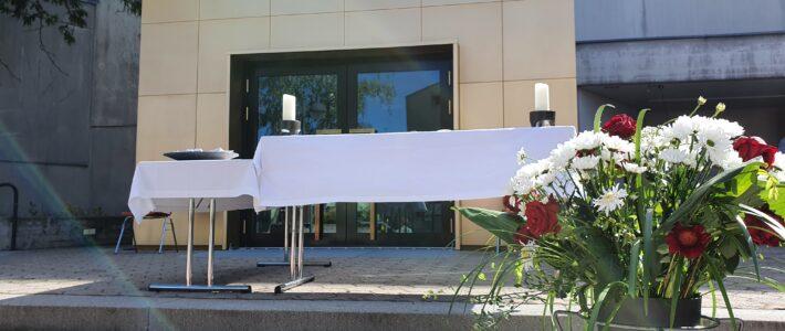 Fronleichnam: Freiluftgottesdienst im Kirchhof